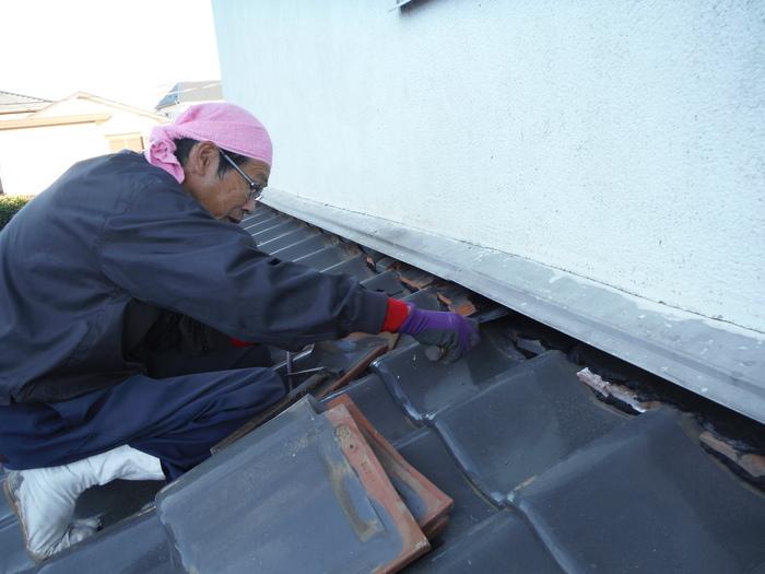 屋根瓦葺き直し ~ 工事終了です。_d0165368_526495.jpg