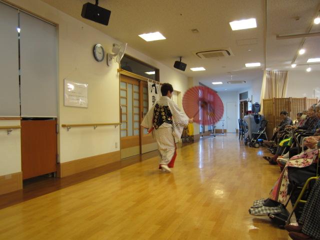 日本舞踊_e0191174_19385655.jpg