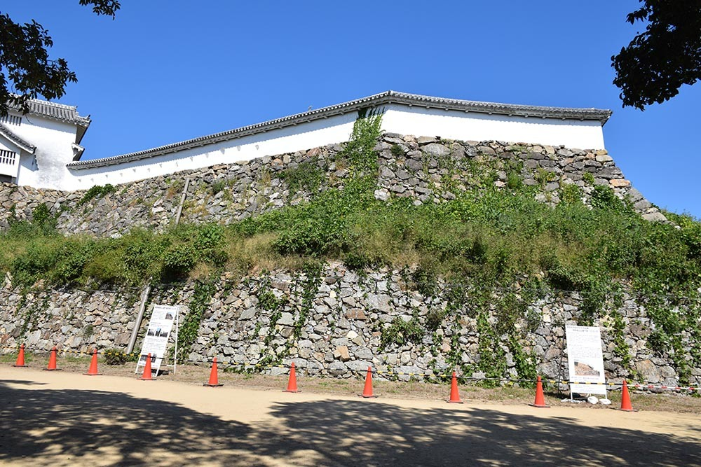 白鷺の天守閣がよみがえった姫路城を歩く。 その6 ~下山里~_e0158128_17445765.jpg