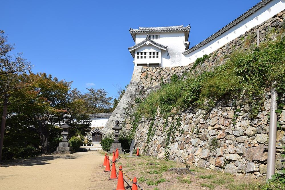白鷺の天守閣がよみがえった姫路城を歩く。 その6 ~下山里~_e0158128_17522512.jpg