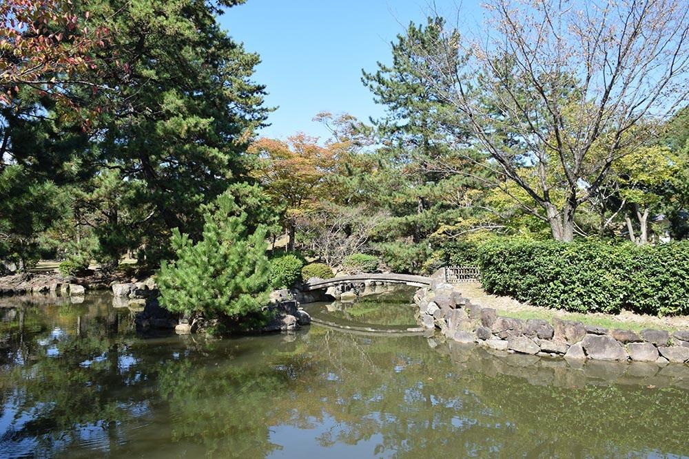 白鷺の天守閣がよみがえった姫路城を歩く。 その7 ~姫山公園・姫路神社~_e0158128_18065309.jpg