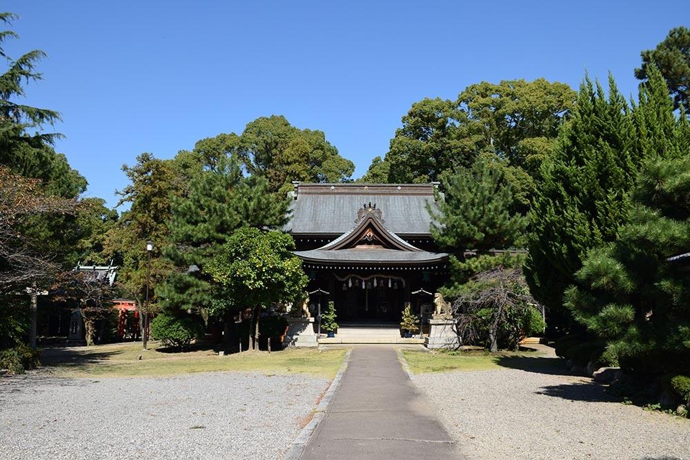 白鷺の天守閣がよみがえった姫路城を歩く。 その7 ~姫山公園・姫路神社~_e0158128_18152450.jpg