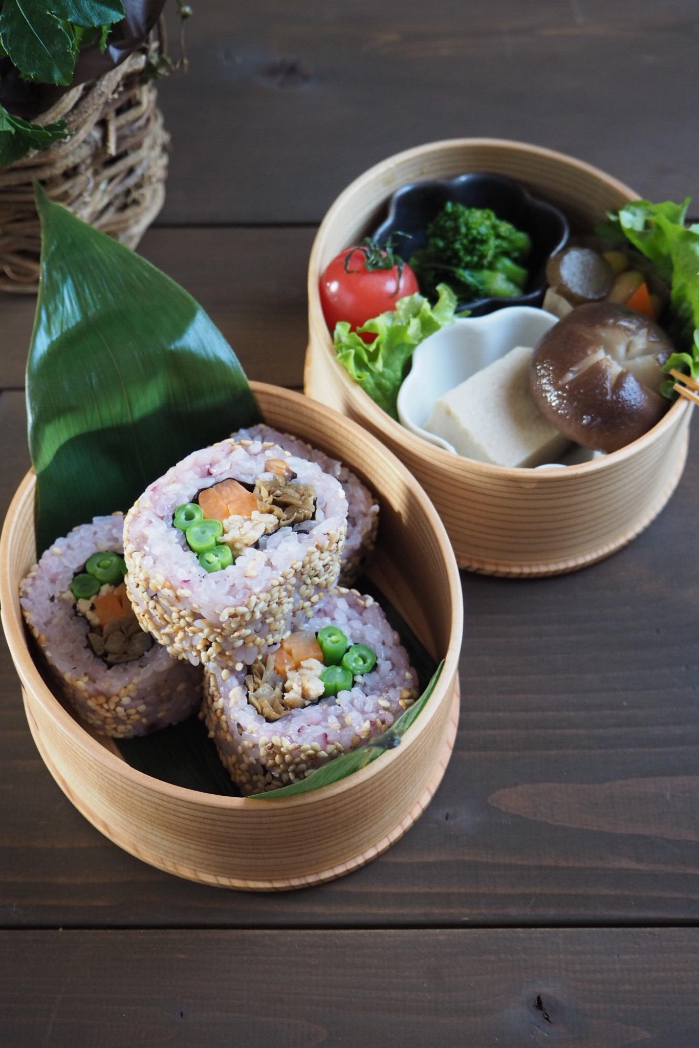 裏巻き寿司の恵方巻き弁当_c0270834_7523694.jpg