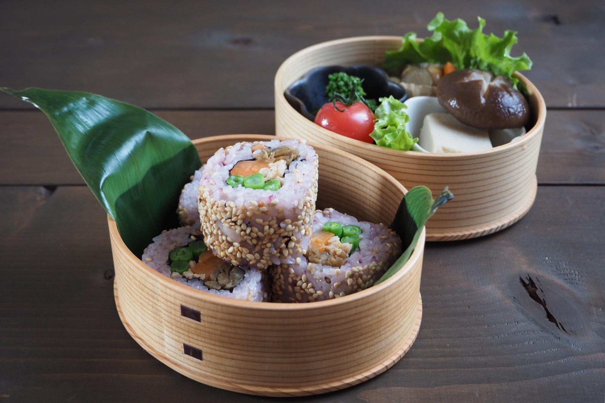 裏巻き寿司の恵方巻き弁当_c0270834_811151.jpg