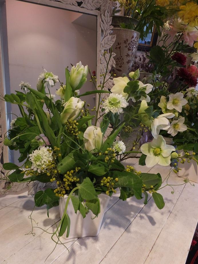 オークリーフ花の教室(青文字を使って)_f0049672_19374815.jpg