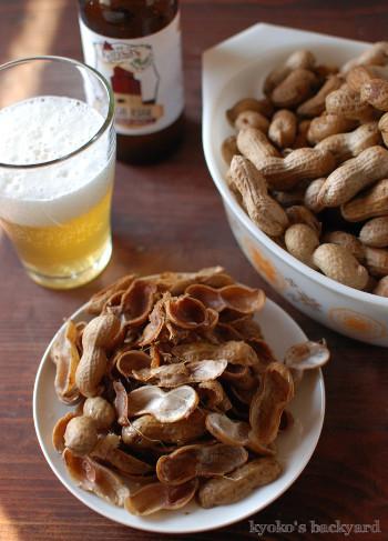 茹でピーナッツとカンザスの地ビール_b0253205_13542677.jpg
