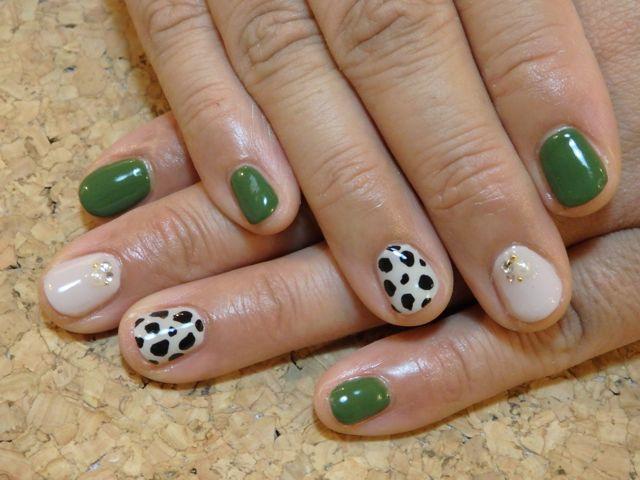 Cow Pattern Nail_a0239065_15372077.jpg