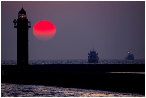 中島埠頭の夕陽_d0272207_21293283.jpg