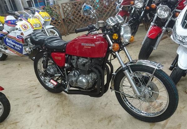 CBXにバイクザシートインサイド _e0114857_18295961.jpg