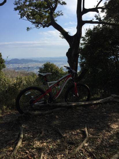 3年振りのマウンテンバイク。眉山縦走路。_f0053665_12320147.jpg
