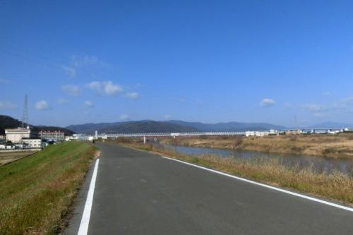木津川サイクリングロードでランチへ_b0332867_23071327.jpg