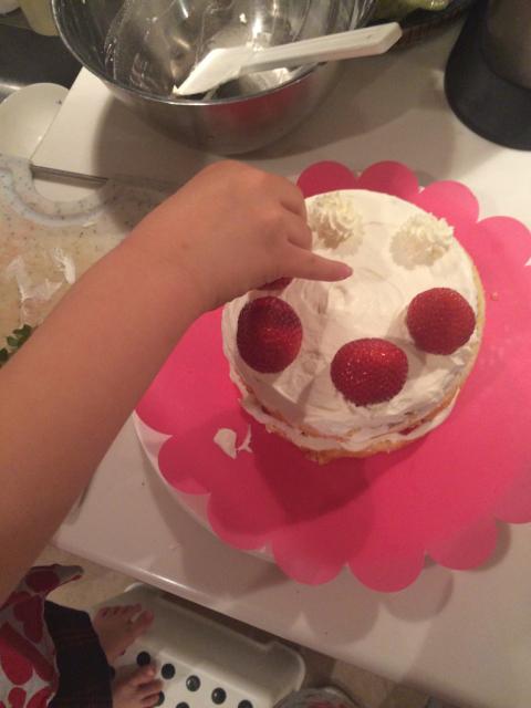 今年の娘のバースデーケーキは、、、_e0309971_02183075.jpg