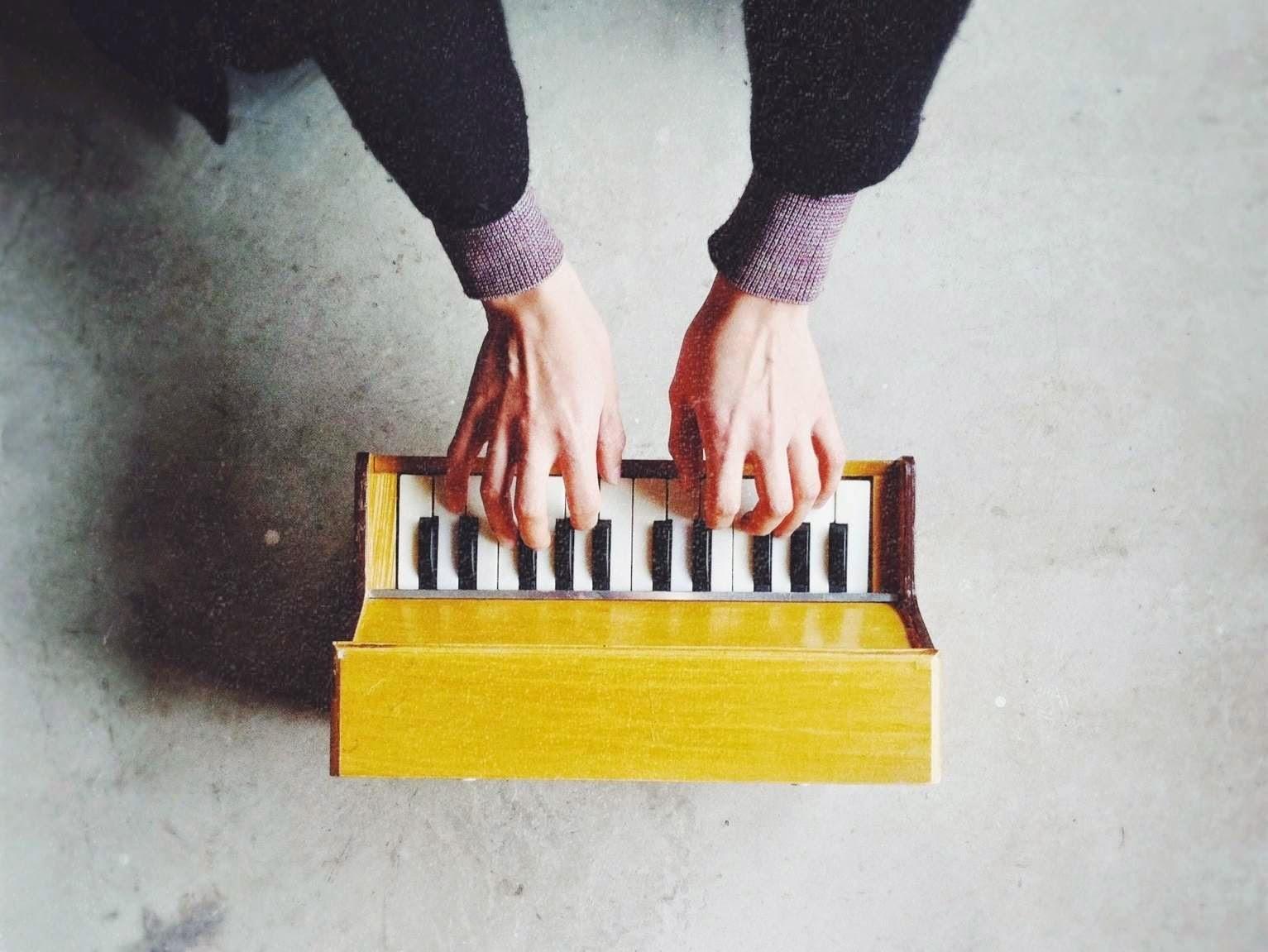 トイピアノ演奏会のおしらせ_d0023111_11722.jpg