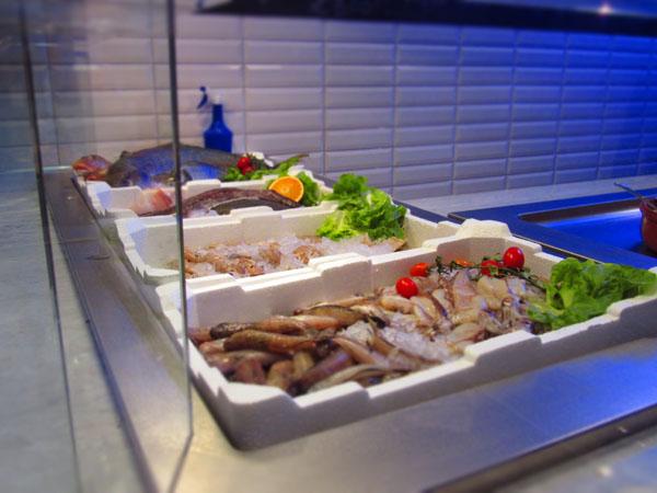 オープンしたばかり!!新鮮なお魚をお手頃に食べれるお店★FIRENZE_c0179785_1253957.jpg