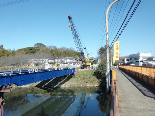 橋梁の架け替え_a0162505_1124118.jpg