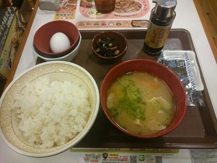 2/7  とん汁たまごかけごはん朝食ごはん大盛り¥360@すき家_b0042308_07042964.jpg
