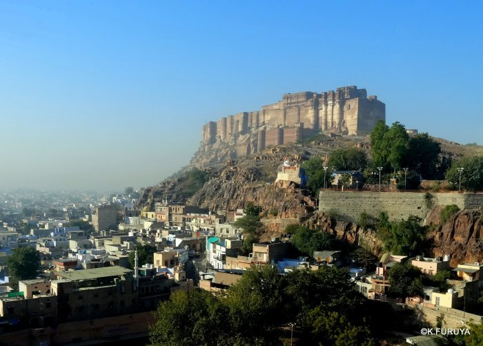 インド・ラジャスタンの旅 5  メヘラーンガル砦  その1_a0092659_13283361.jpg