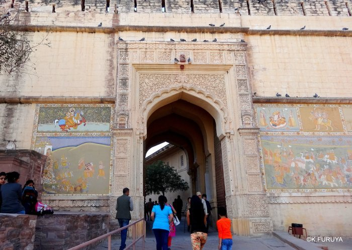 インド・ラジャスタンの旅 5  メヘラーンガル砦  その1_a0092659_13381173.jpg
