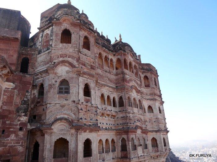 インド・ラジャスタンの旅 5  メヘラーンガル砦  その1_a0092659_13405833.jpg
