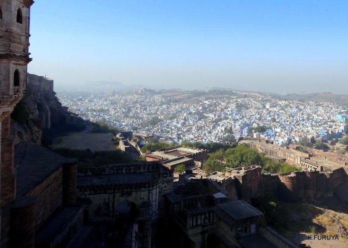 インド・ラジャスタンの旅 5  メヘラーンガル砦  その1_a0092659_13443700.jpg