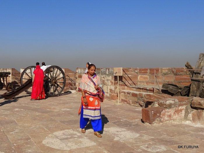 インド・ラジャスタンの旅 5  メヘラーンガル砦  その1_a0092659_13535662.jpg