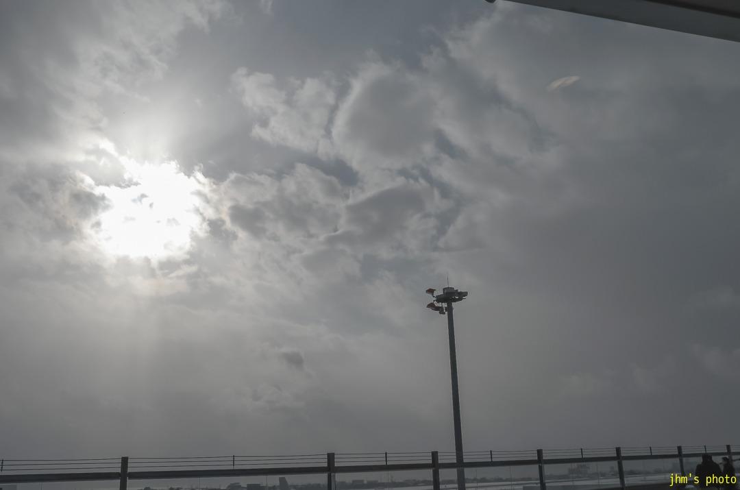 空白の2日間(函館空港)_a0158797_23321690.jpg