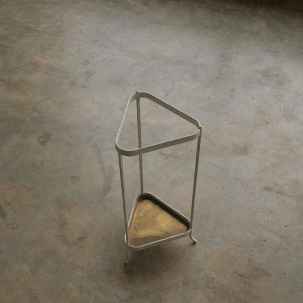 『Ystad Metal Umbrella Stand』_c0211307_21172462.jpg