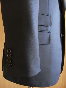 「DARROW DALE」de 料理した男たちのスーツ 「Sartoria iwate」編_c0177259_16502329.jpg