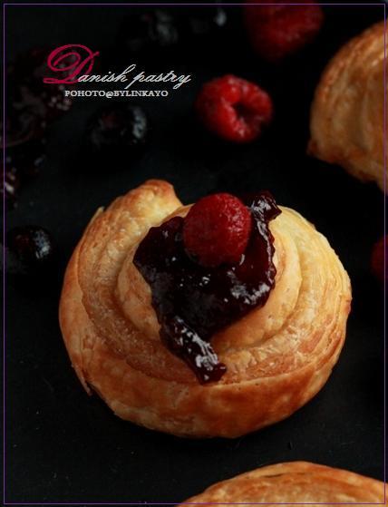 Danish pastry_b0225758_12150824.jpg