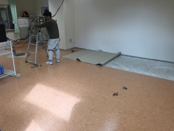 1階の改装工事について_d0261201_09413747.jpg
