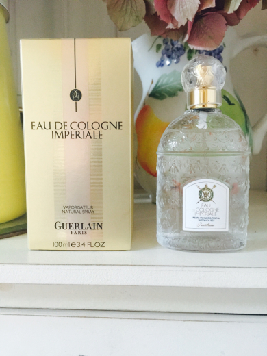 ゲラン、ナポレオン3世皇后の香り〜_f0215324_00574808.jpg