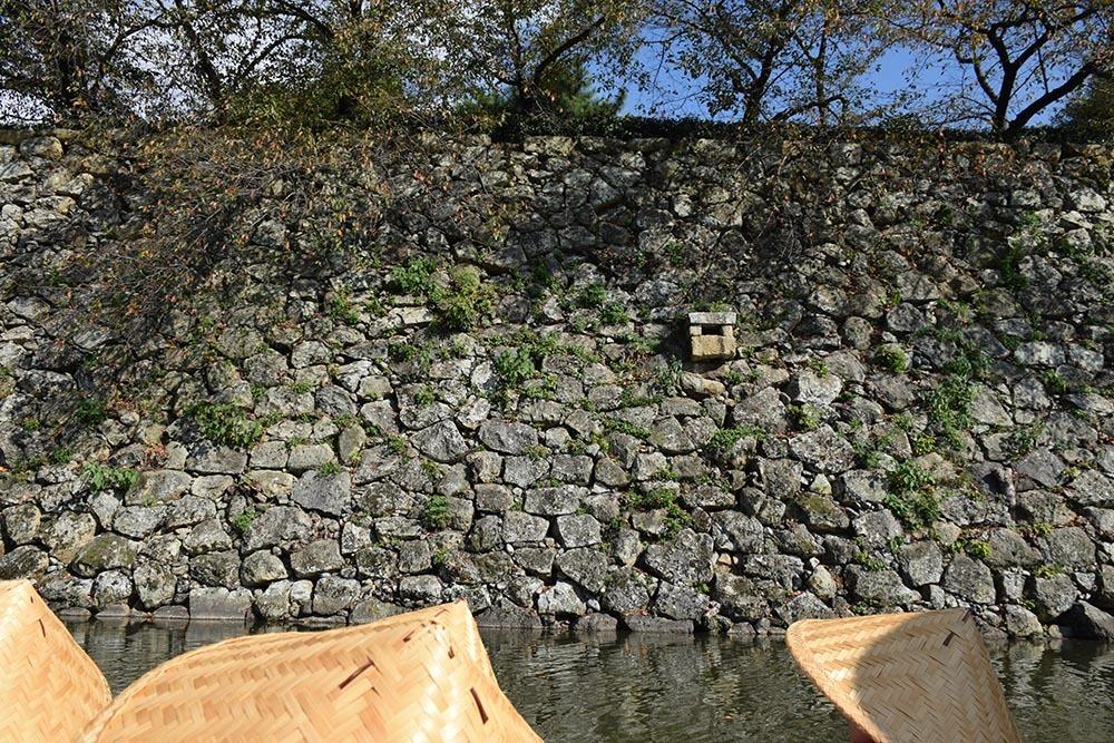 白鷺の天守閣がよみがえった姫路城を歩く。 その8 ~内堀~_e0158128_20552007.jpg