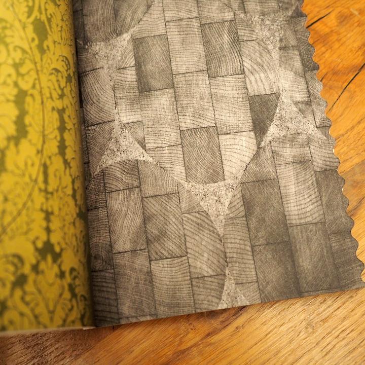 miumiu AOYAMAの建築冊子_e0243332_22125069.jpg