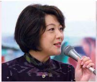 安倍首相を取り巻く女性たち_e0041047_04450627.jpg