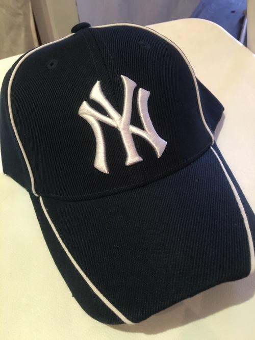 ヤンキースの帽子を全員にプレゼントいたします_f0088456_2145811.jpg