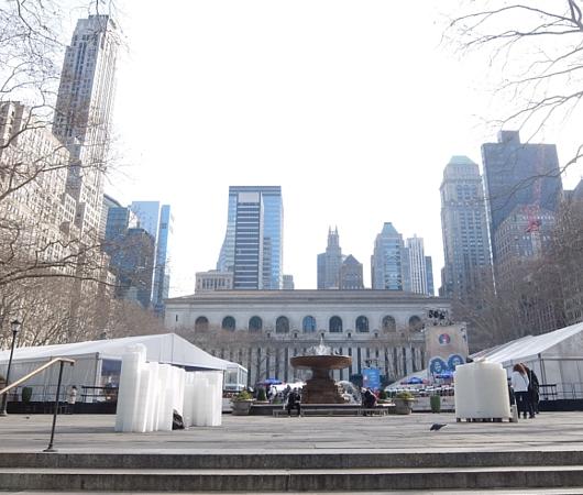 いかにもニューヨークっぽい雰囲気たっぷりのブライアント・パーク_b0007805_6191038.jpg