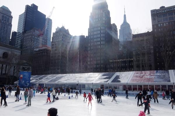 いかにもニューヨークっぽい雰囲気たっぷりのブライアント・パーク_b0007805_6194038.jpg