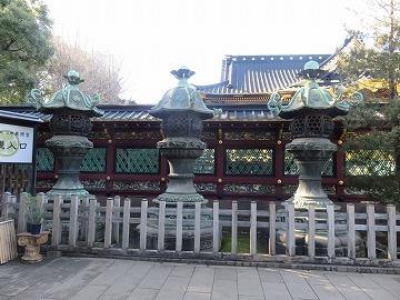 上野東照宮の銅燈籠_c0187004_09431892.jpg