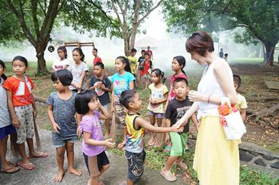 バリ島の孤児院訪問/文:島本美由紀_a0083222_14283025.jpg