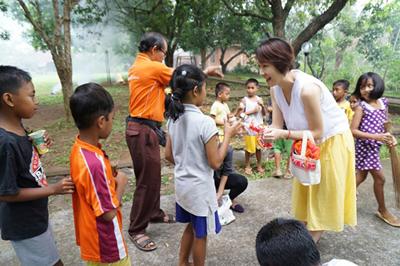 バリ島の孤児院訪問/文:島本美由紀_a0083222_14284028.jpg