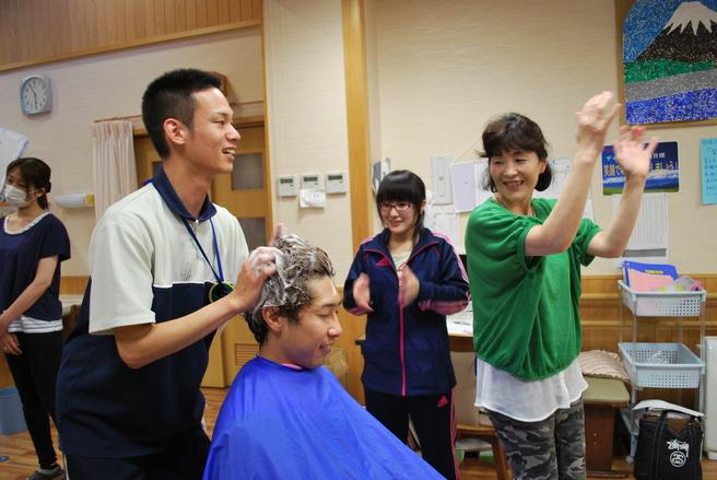 介護従事者向けシャンプー講習 参加施設募集!!_f0277245_207474.jpg