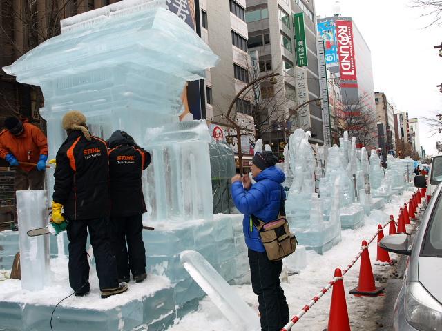 さっぽろ雪まつり 市民雪像など色々_d0153062_8102863.jpg