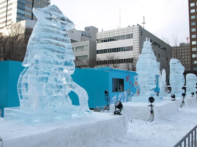 さっぽろ雪まつり 市民雪像など色々_d0153062_810412.jpg
