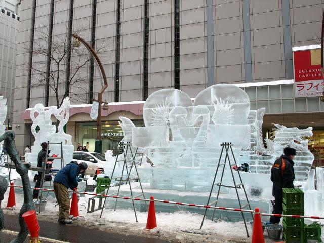 さっぽろ雪まつり 市民雪像など色々_d0153062_8122739.jpg