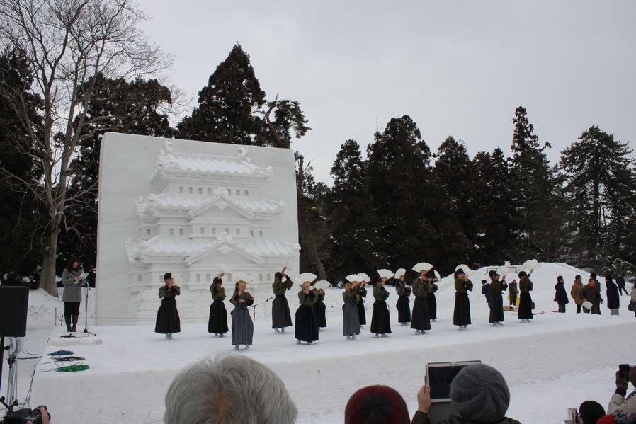 今年も弘前城雪燈籠まつりが開幕しました!_d0131668_13164617.jpg