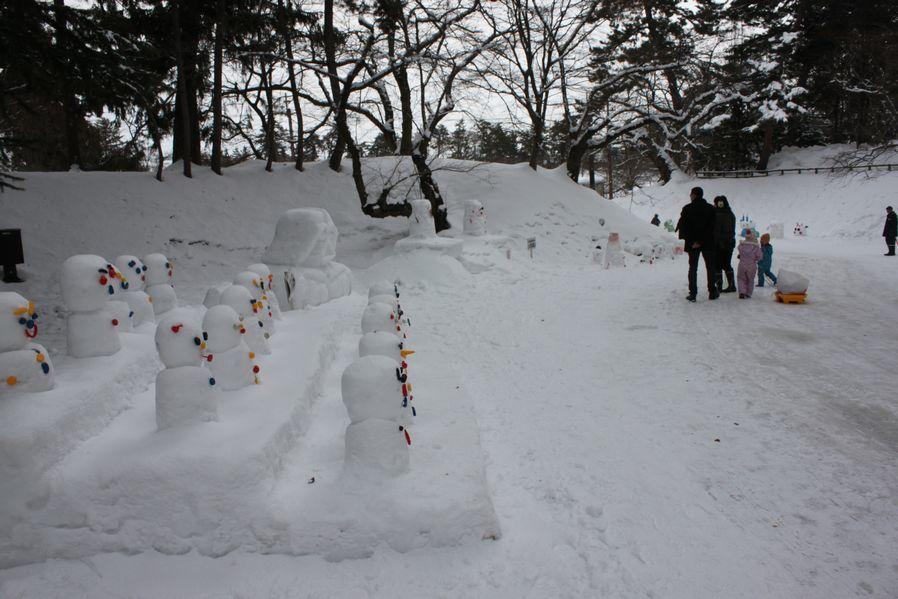 今年も弘前城雪燈籠まつりが開幕しました!_d0131668_14320688.jpg