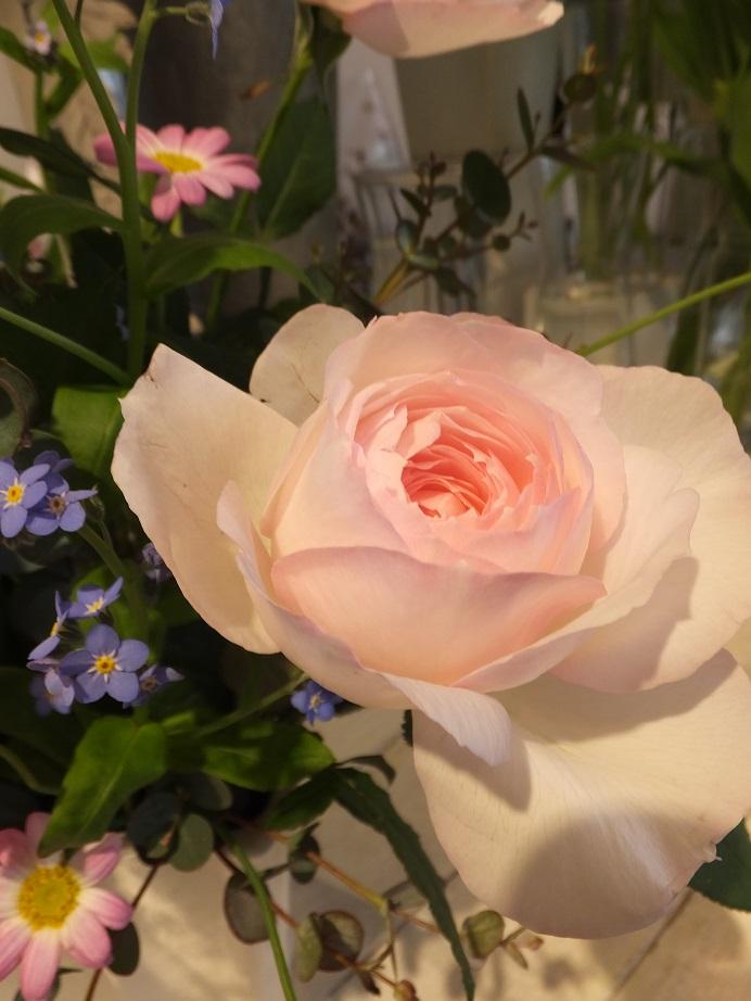 オークリーフ花の教室(本間さんの作品)_f0049672_18331955.jpg