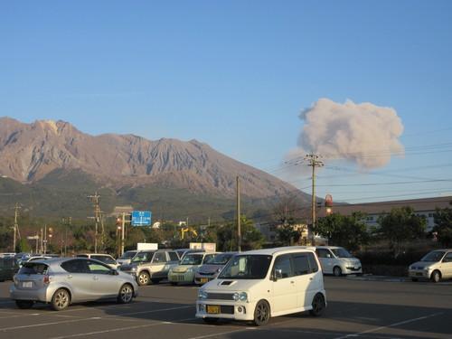 桜島ひんぱんに噴火と爆発_b0183351_183232.jpg
