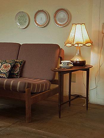 side table_c0139773_16383596.jpg