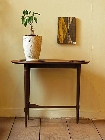 side table_c0139773_16385654.jpg